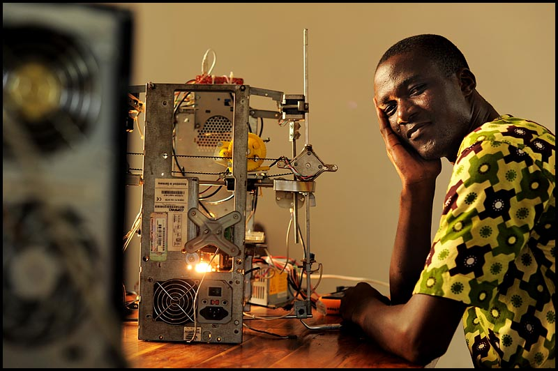 3d printer made from e waste in africa - Homes built from recycled materials nasas outer space challenge ...